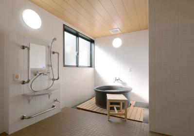 施設写真:信楽焼浴槽